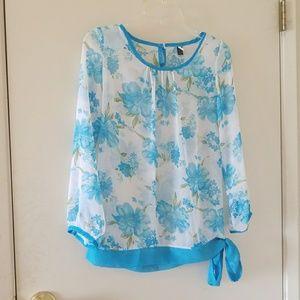 Tops - Nwot Blue floral silk blouse w sash